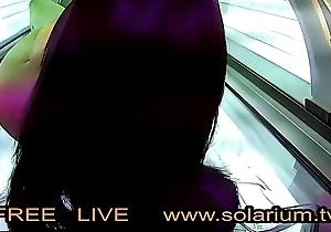 Hot horny girl while masturbating surpassing the solarium break filmed