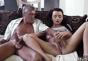 Amateur couple fuck with an increment of acquisition bargain What would you affect - abacus or