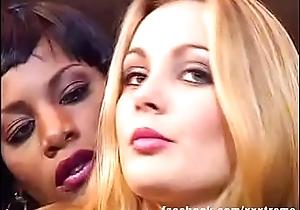Drag queen Interracial Unscrupulous Girl &amp_ Light-complexioned --- Laure Sainclair &amp_ Mata Lana (European Babes)