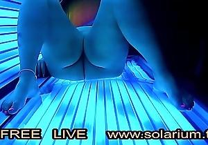 BBW super fat Ecumenical masturbates in Live Voyeur solarium.tv