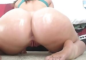Sexy Oiled Cheeks Twerkin