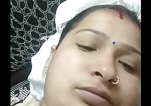 Indian bhabhi linger
