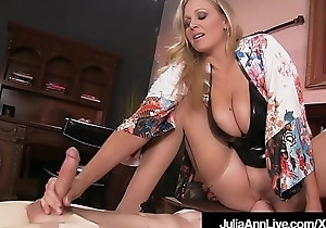 Catamite Acquires Moterboated By Busty Milf Julia Ann'_s Pussy!