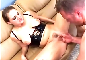 Sexy sexy eroded blonde Nikki Nievez squirts close by as she sucks and gets her asshole banged