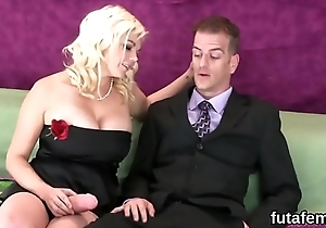 Cuties scrabble studs butt fissure with heavy strap-on dildos and burst out with ejaculate