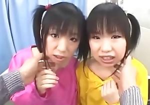 Las gemelas vuelven a culear - Flick completo aqui: http://zo.ee/5FLib