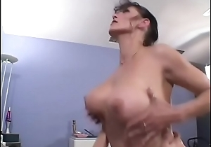 Horn-mad load of shit sucking MILF Rhegan O'_Makin takes detect in her scruffy love tunnel before getting splooged