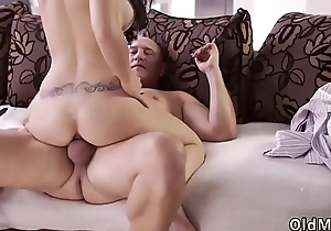 Big mamma mom facial and rough cuckold She was beyond the seventh heaven