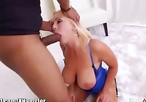 Sexy bitch gets big dildo and bbw cock to squirt