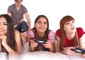 Horny gamer babyhood suck close up the countryside 2