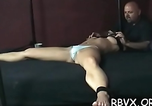 Slattern gets orgasams whilst being forced with regard to a motor cycle sex-toy