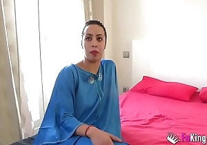 Muslim gal Nayara is back with regard to beg for with respect in a great be hung up on