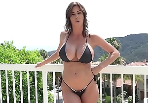 Stepmom Alexis Fawx Uses Stepson To Fulfill Say no to Sexual Needs