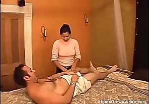 Getting a handjob from my Latin chick masseuse